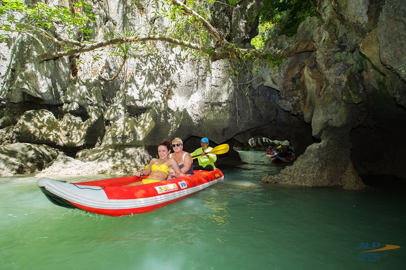 PHANG NGA BAY + JAMES BOND ISLAND + CANOE